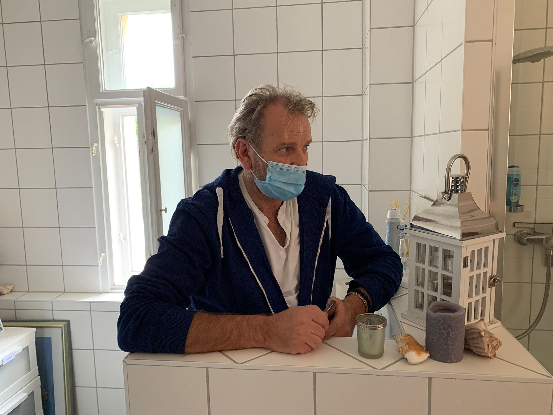Fritz-Altewische--Wohnungsinhaber--Co-Produzent-und-Ausstatter